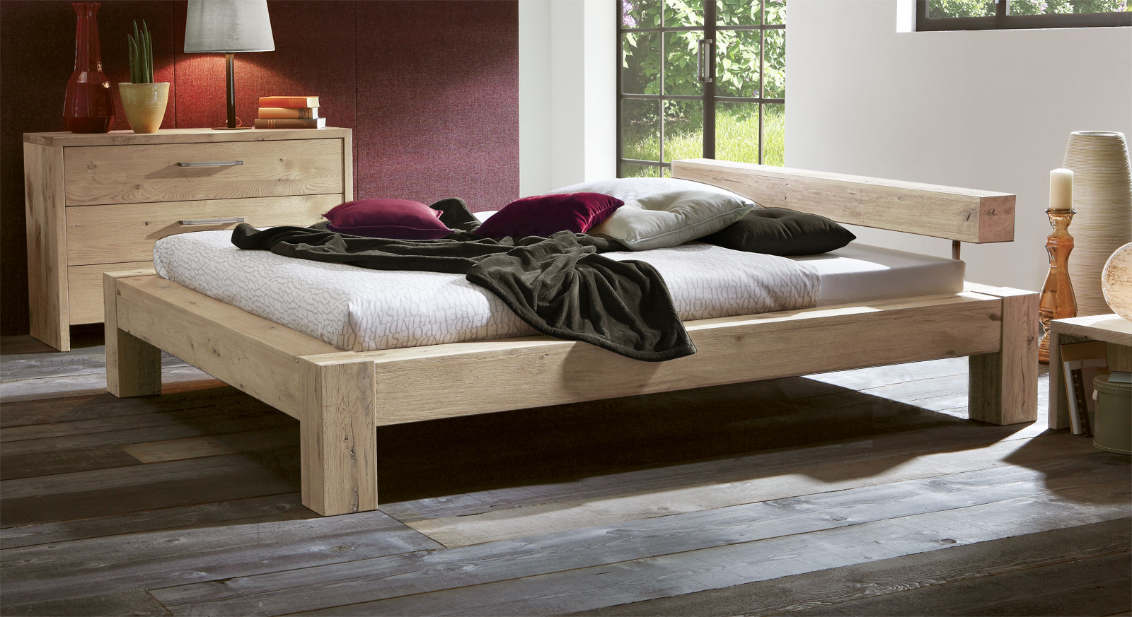 bett in komforth he aus massivem wildeichenholz rustico. Black Bedroom Furniture Sets. Home Design Ideas