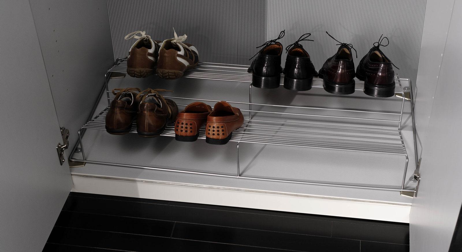 Mehrpreisausstattung Schuhrost als Kleiderschrank Zubehör