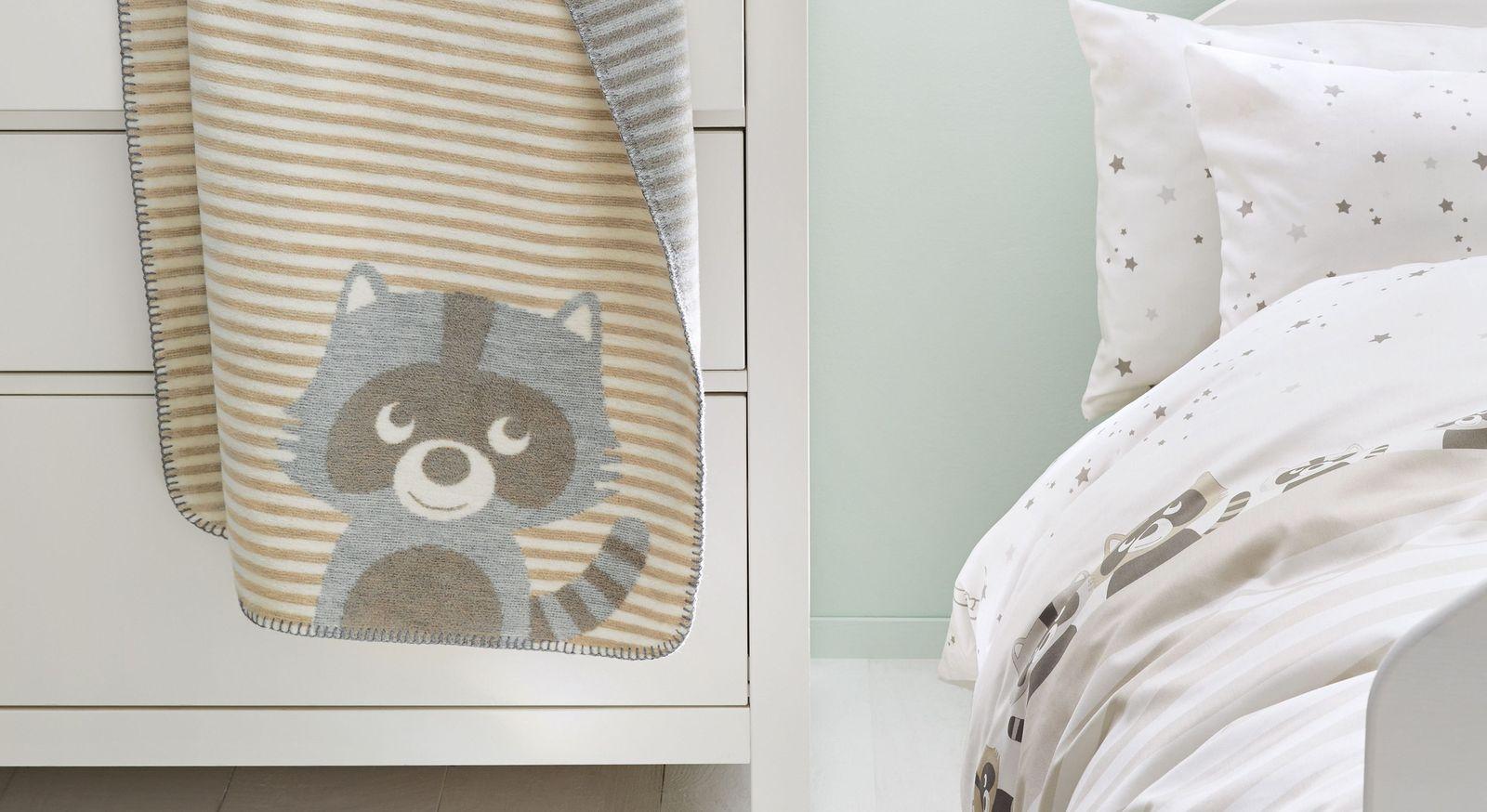 Baby-Kuscheldecke s.Oliver Waschbär mit Streifen
