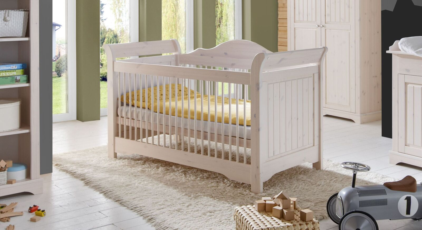Babybett Nela im angesagten Landhausstil