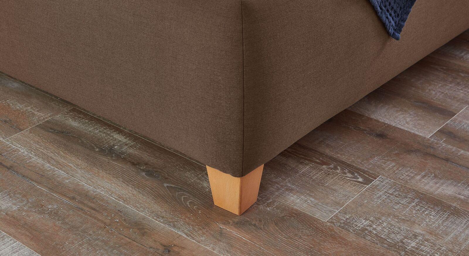 Bett Adana mit konischen Füßen aus Buchenholz
