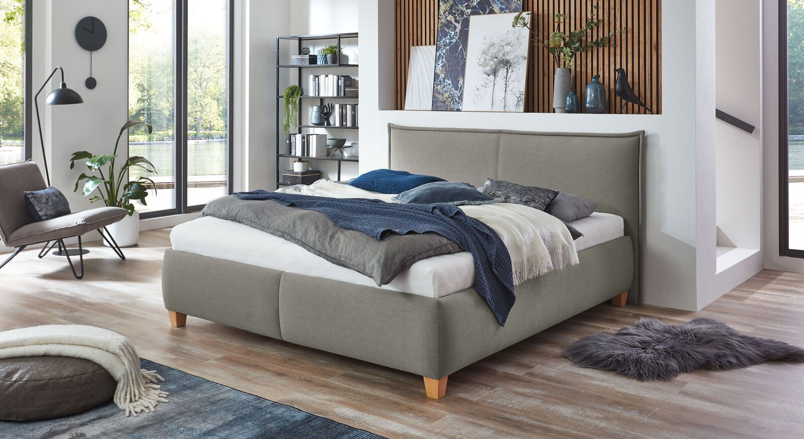 Bett Adana mit Webstoff in Grau