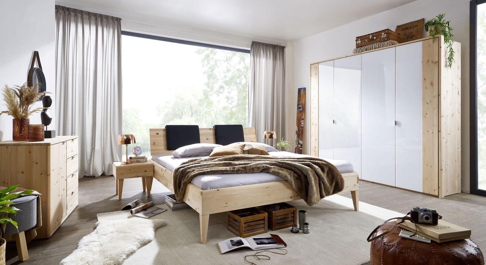Bett Alistra Komfort mit passender Schlafzimmer-Ausstattung