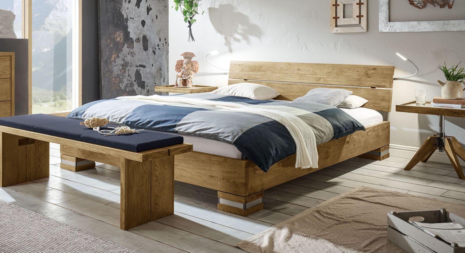 Bett Alvorada aus stabilem Echtholz