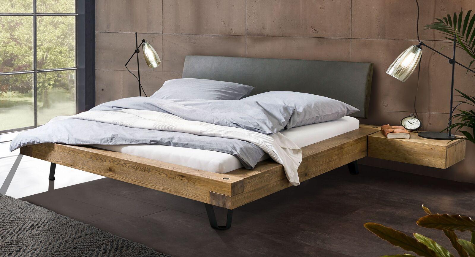 Bett Anes aus Massivholz in Wildeiche