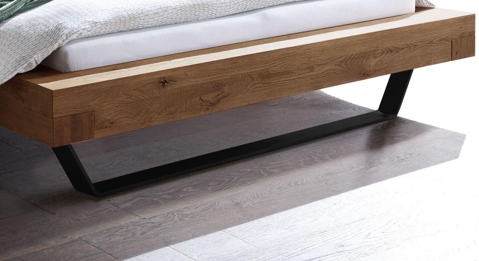 Bett Antero mit stabilen Stahlkufen