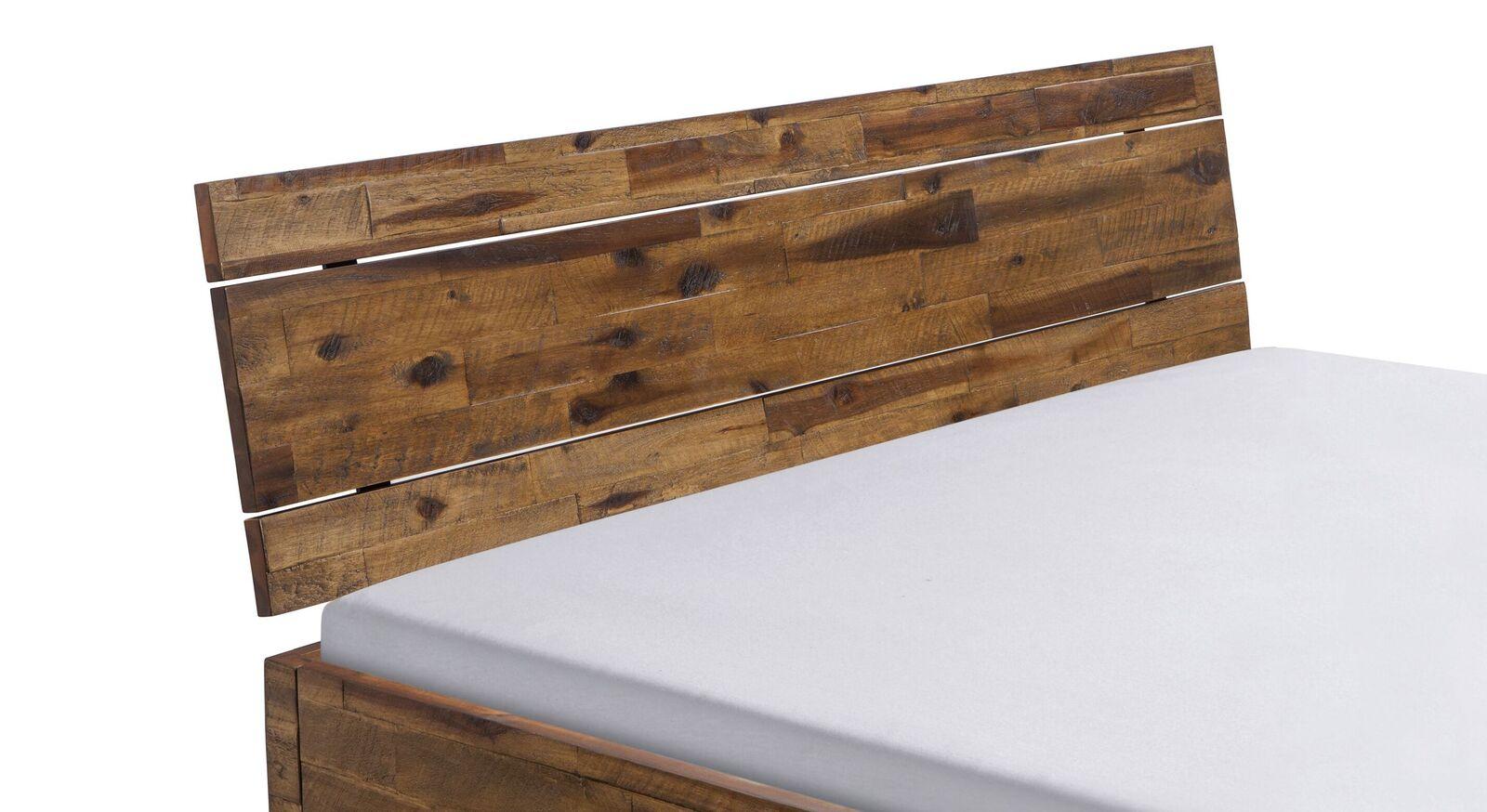 Bett Aulis mit attraktivem Holz-Kopfteil