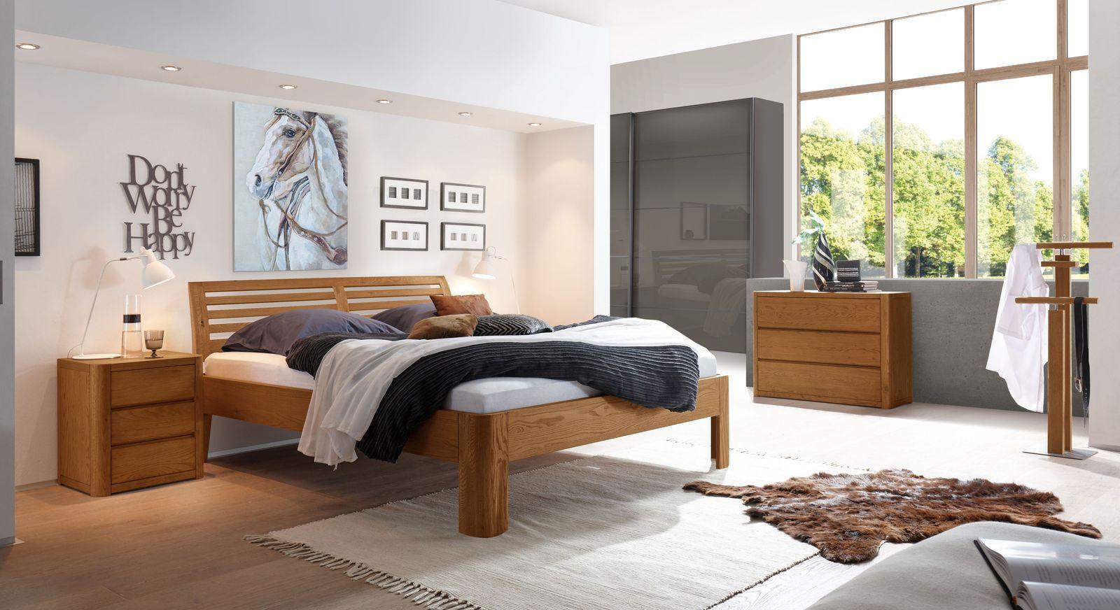 Bett Barcelona mit passender Schlafzimmer-Ausstattung