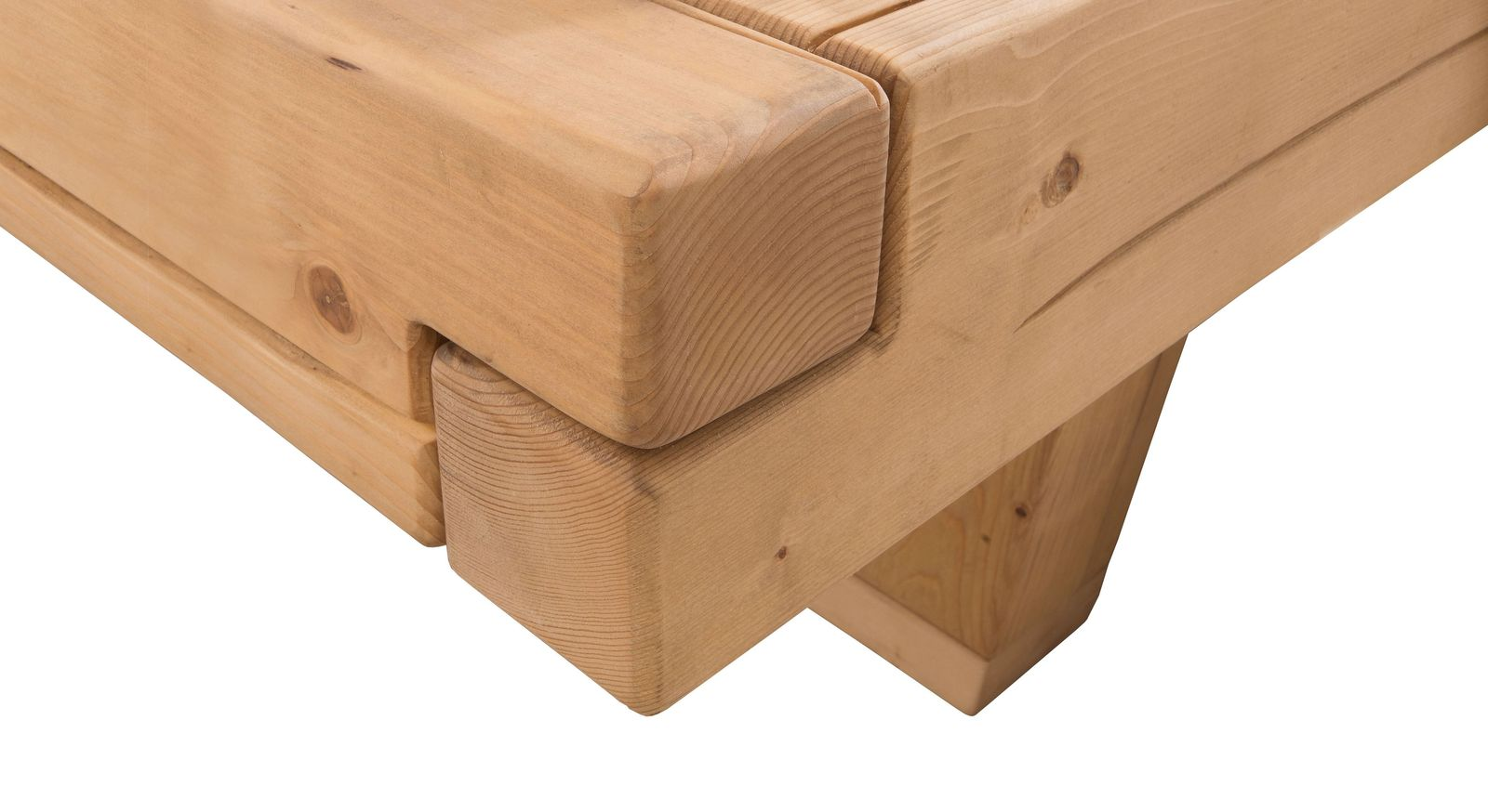 Bett Basiliano mit ausdrucksvoller Holzmaserung