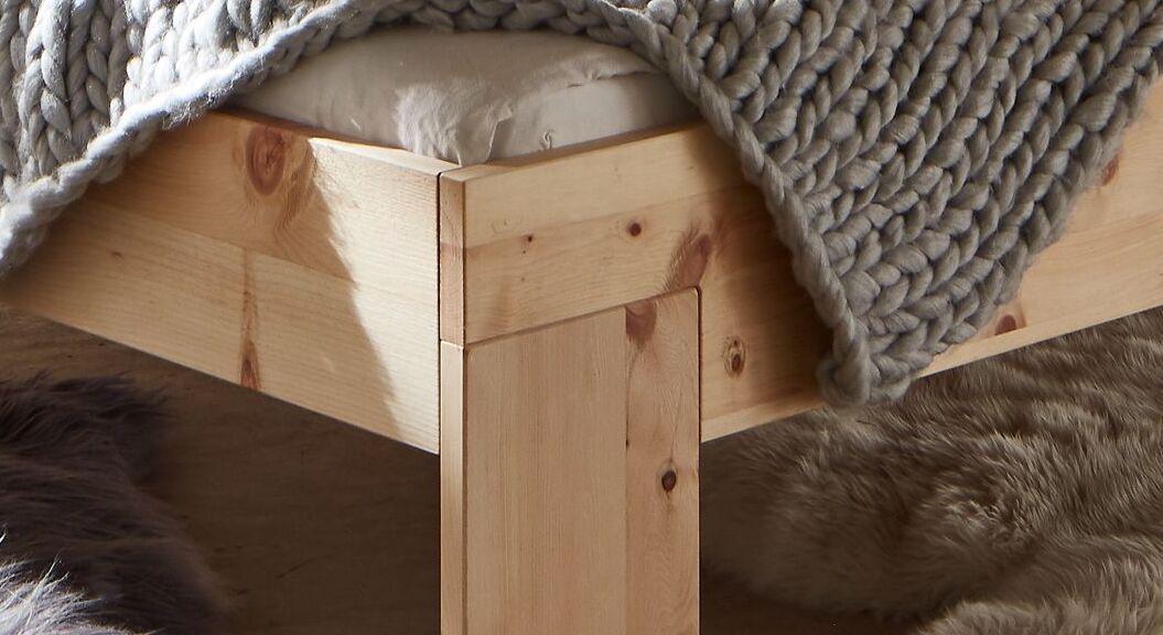 Bett Bondone mit 25 mm Holzstärke