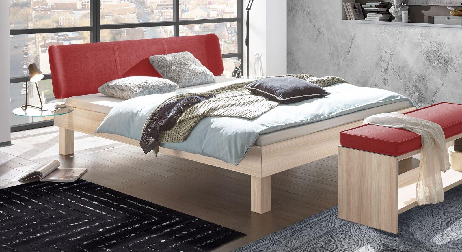 Bett Burlington mit Kopfteil in Rot