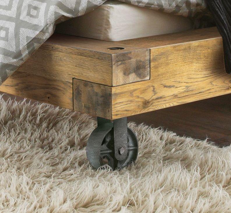 Echtholz-Bett aus Wildeiche Balkenoptik Industrial Style - Callao