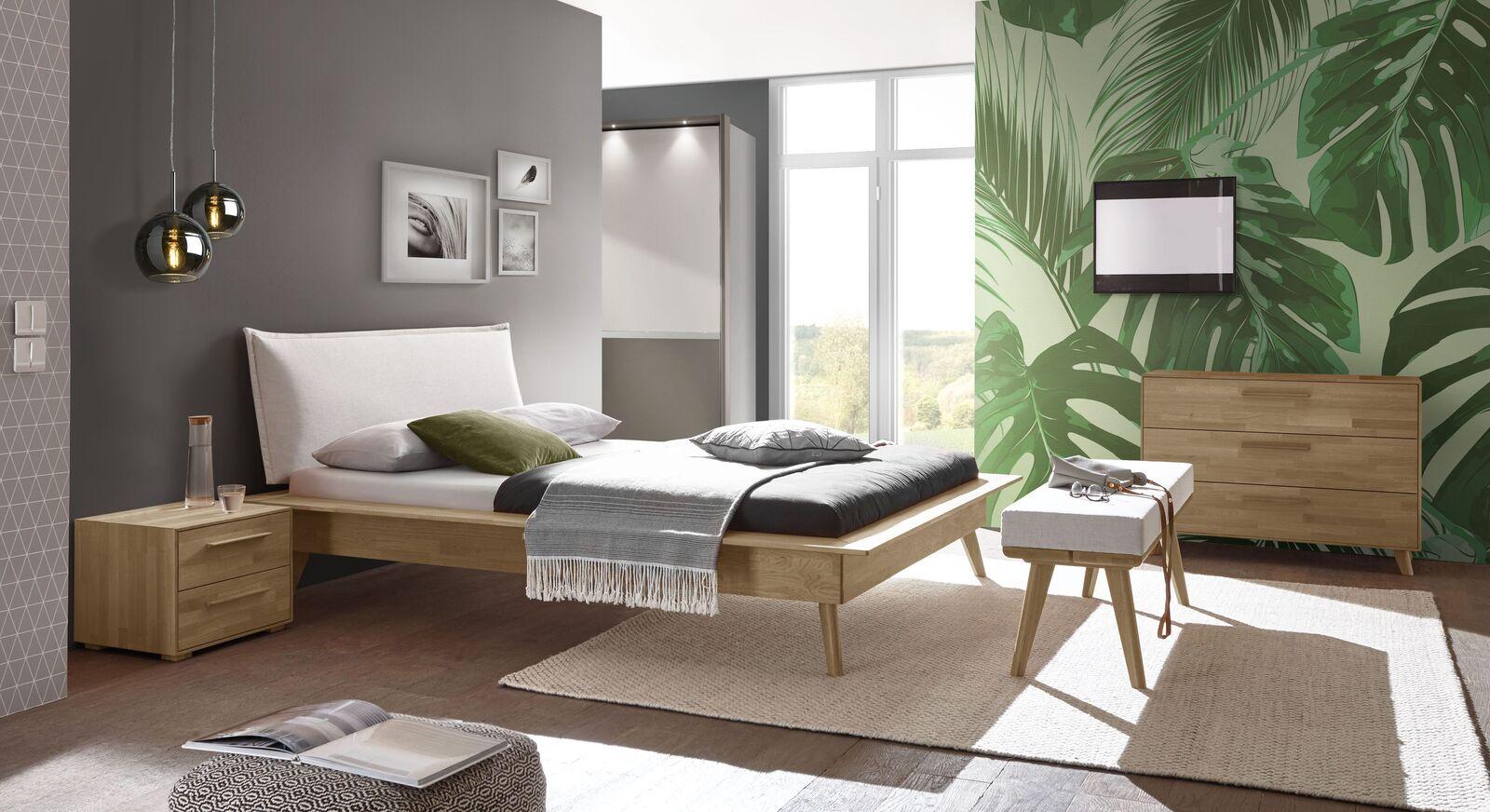 Bett Casevio mit passender Schlafzimmer-Ausstattung