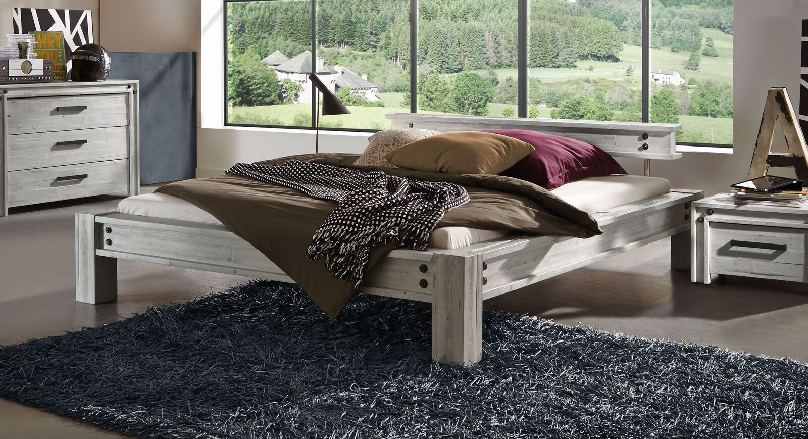 Bett Cekin aus hellem Akazienholz