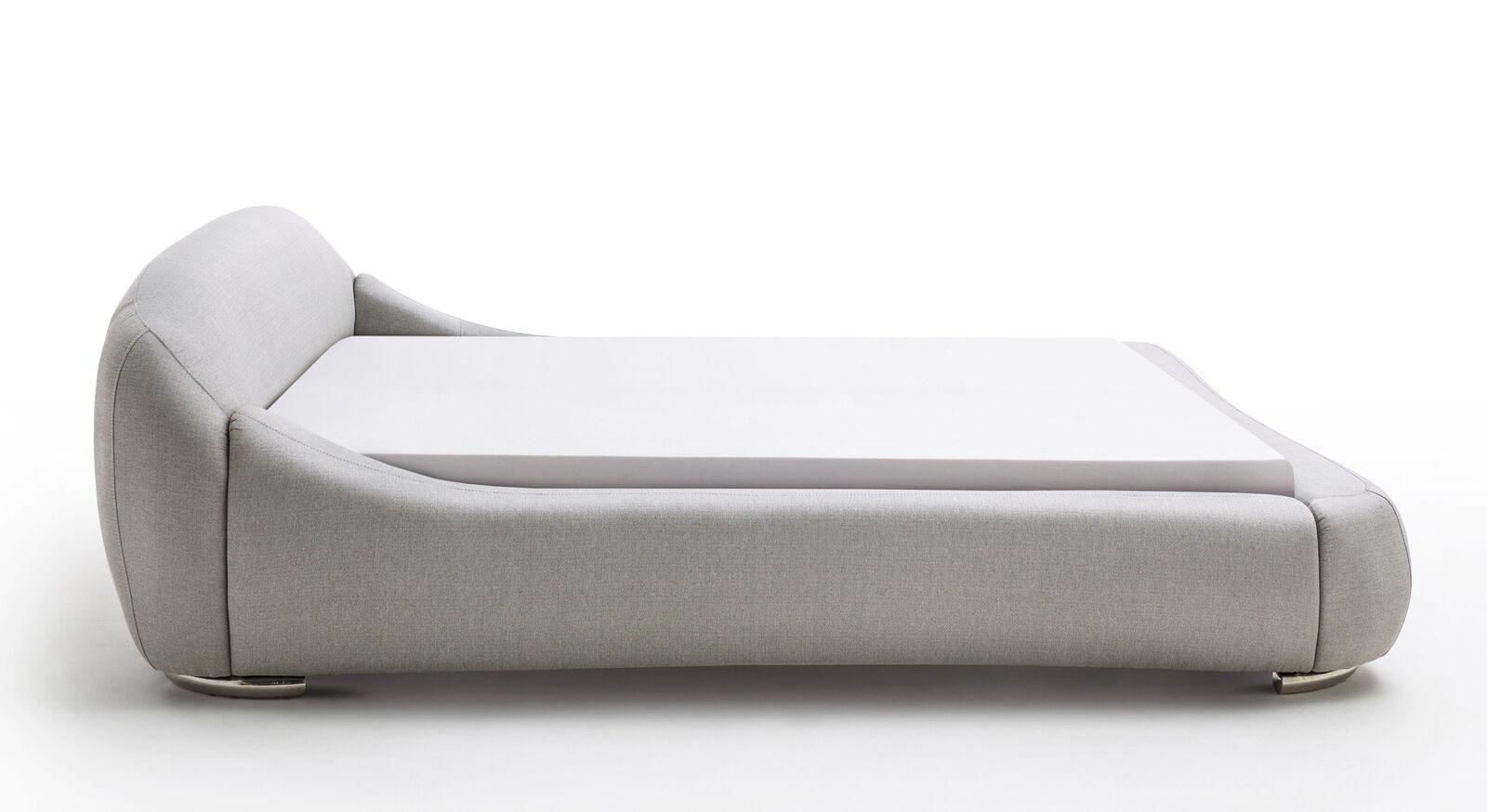 Weich gepolstertes Bett Condea
