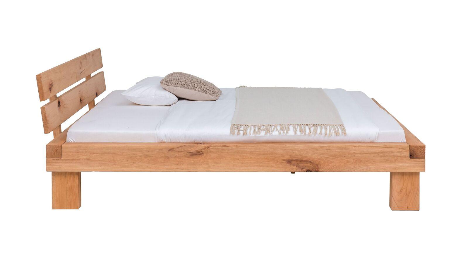 Bett Cunera aus massiver Wildbuche