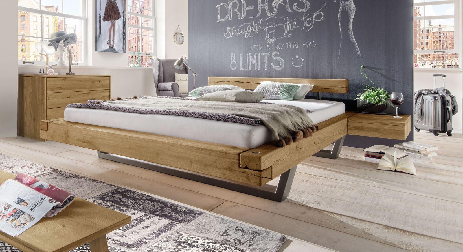 Bett Darica mit passendem Schlafzimmer-Zubehör