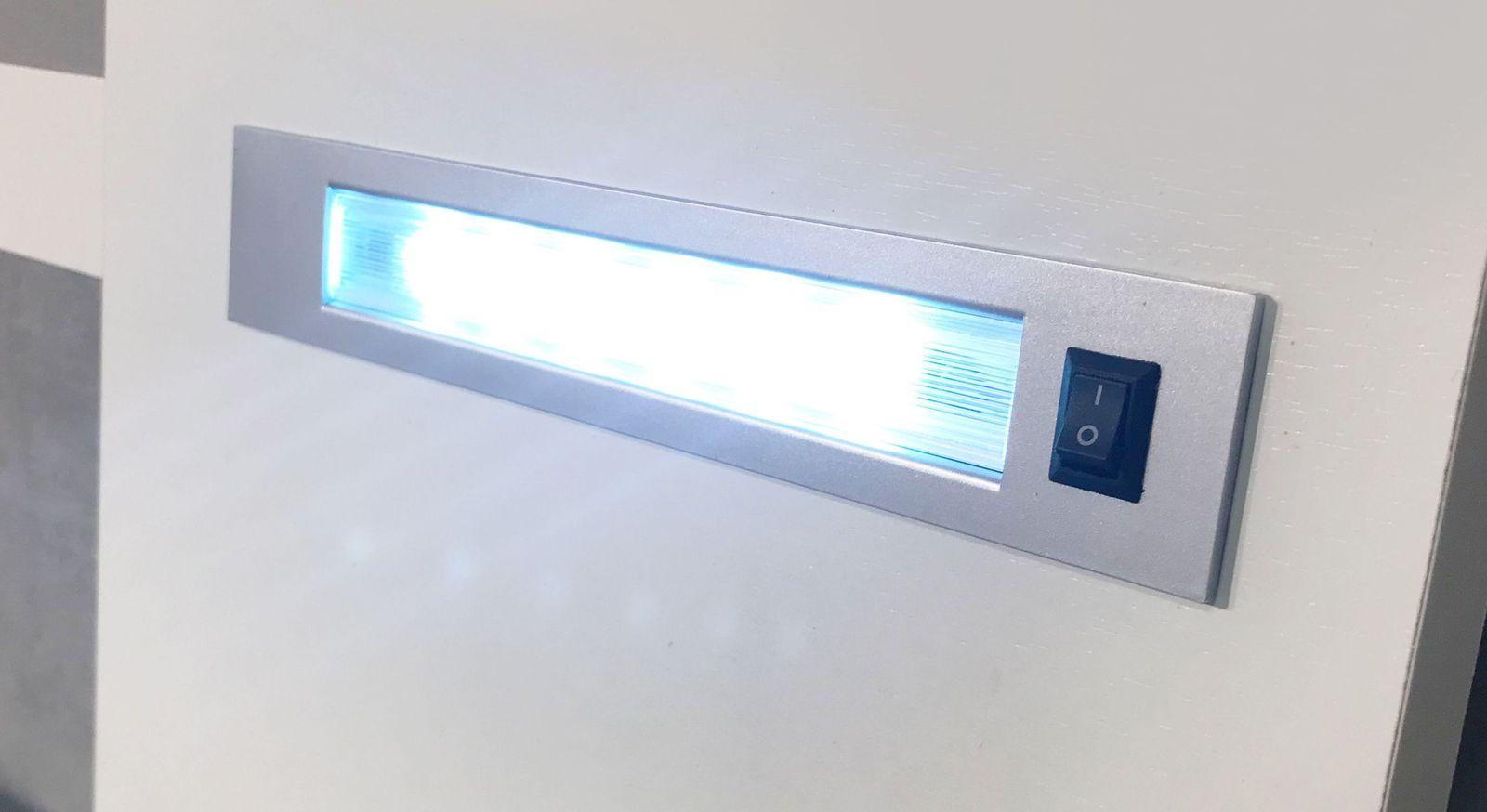 LED-Beleuchtung vom Kopfteil des Dekorbettes
