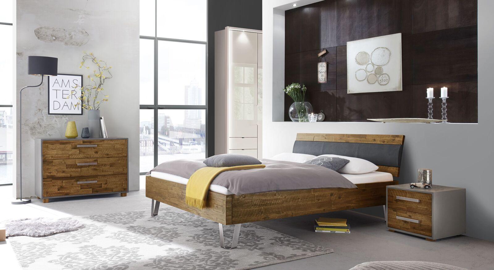 Bett Detaria mit passender Schlafzimmer-Ausstattung