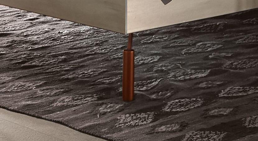 Bett Diorit mit kupferfarbenen Metallfüßen