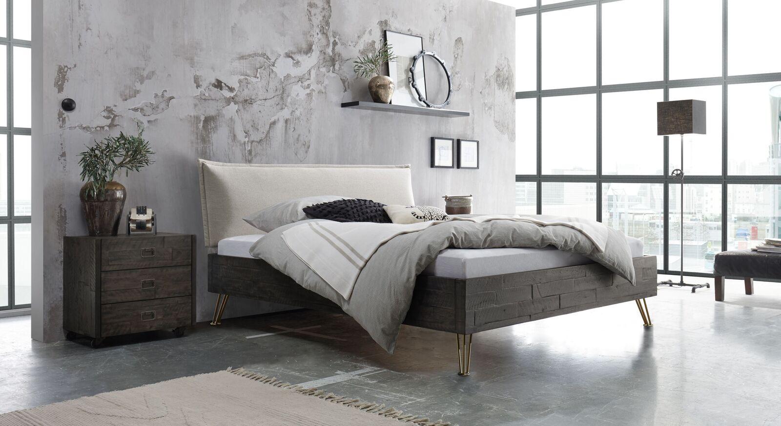 Passende Produkte zum Bett Domenico