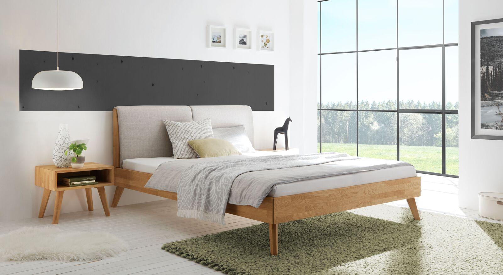Bett Elina mit passendem Nachttisch