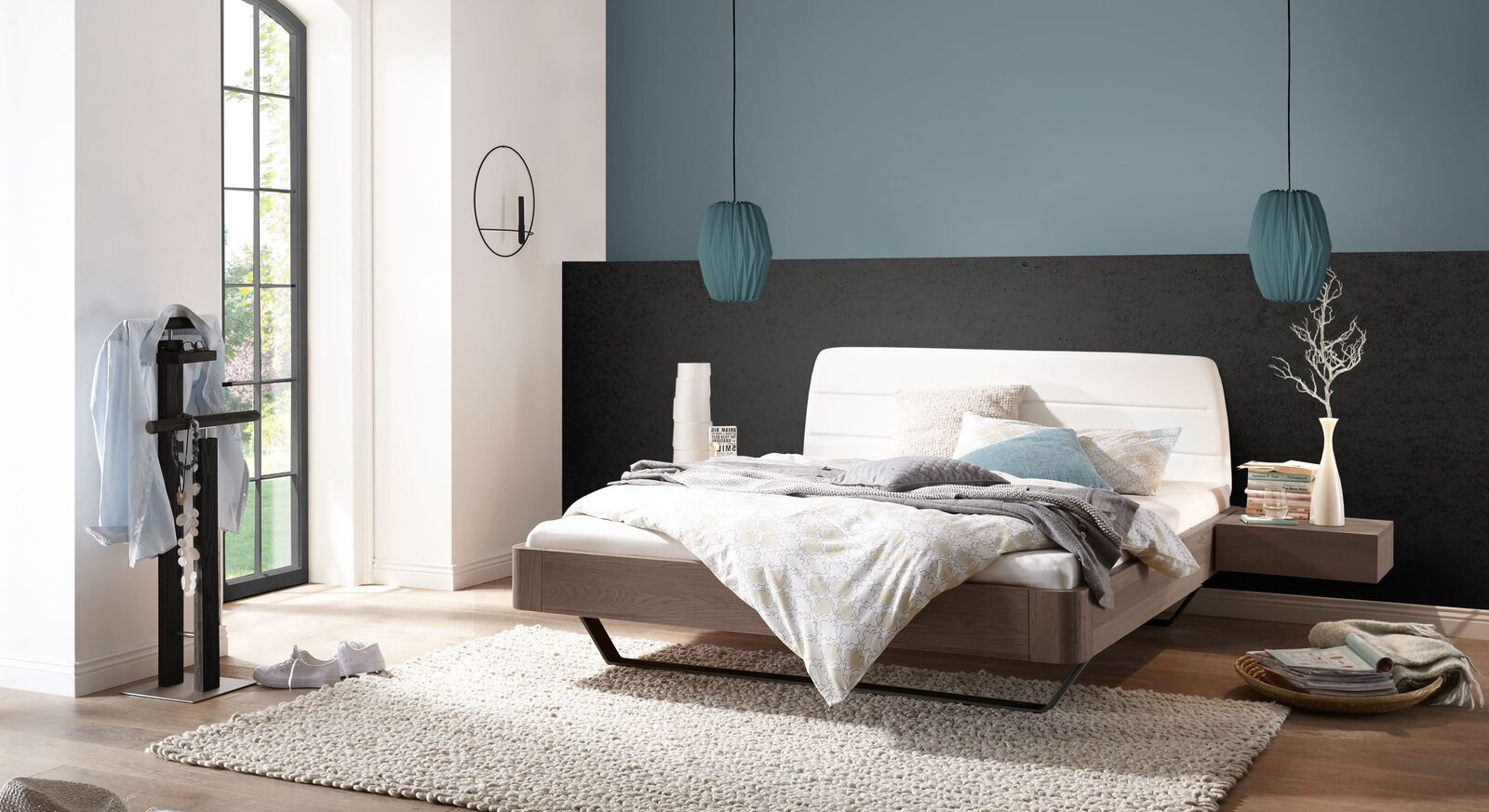 Bett Epondia mit passenden Schlafzimmermöbeln