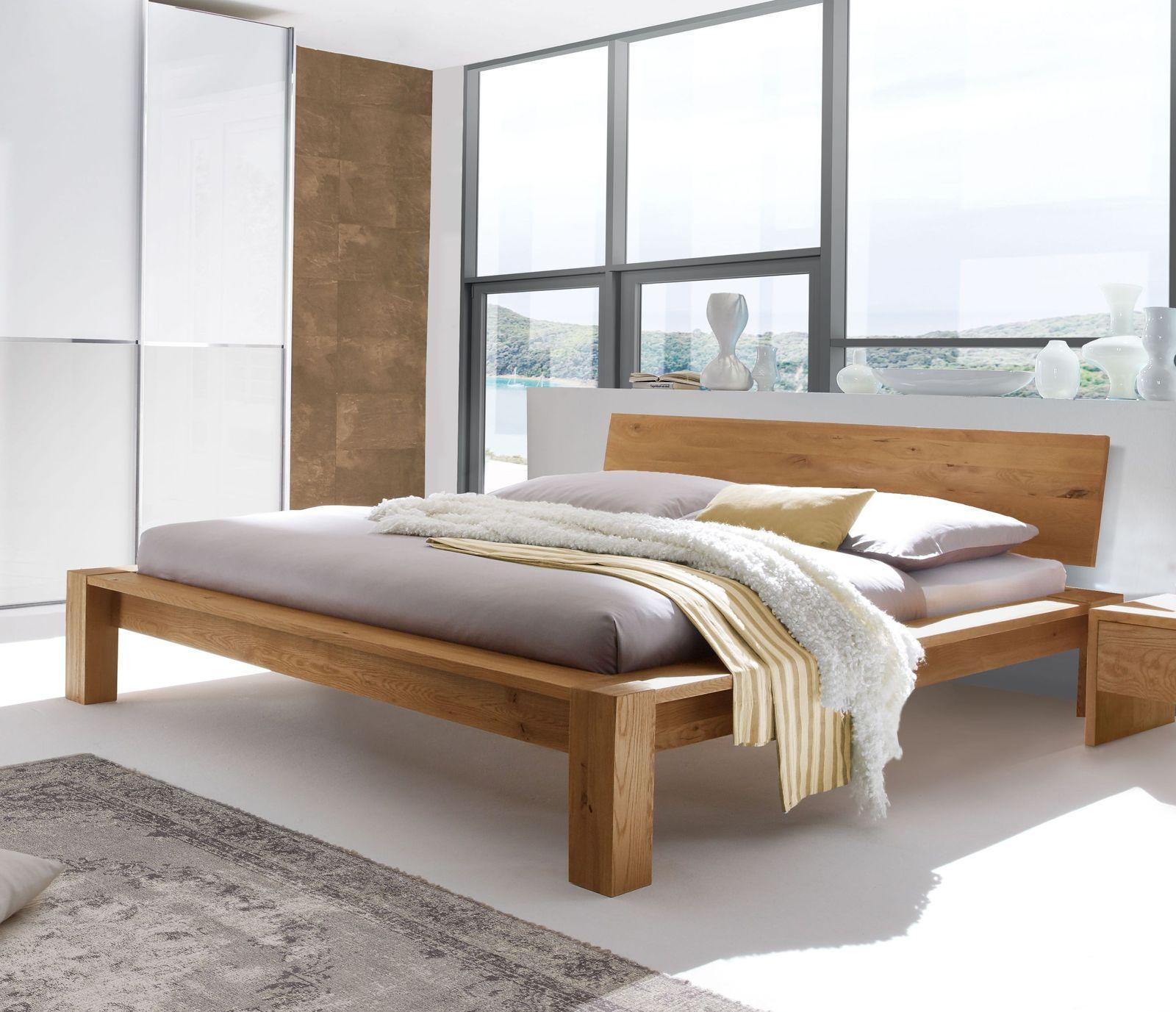 Massives Wildeichenbett mit breitem Rahmen günstig kaufen - Evora