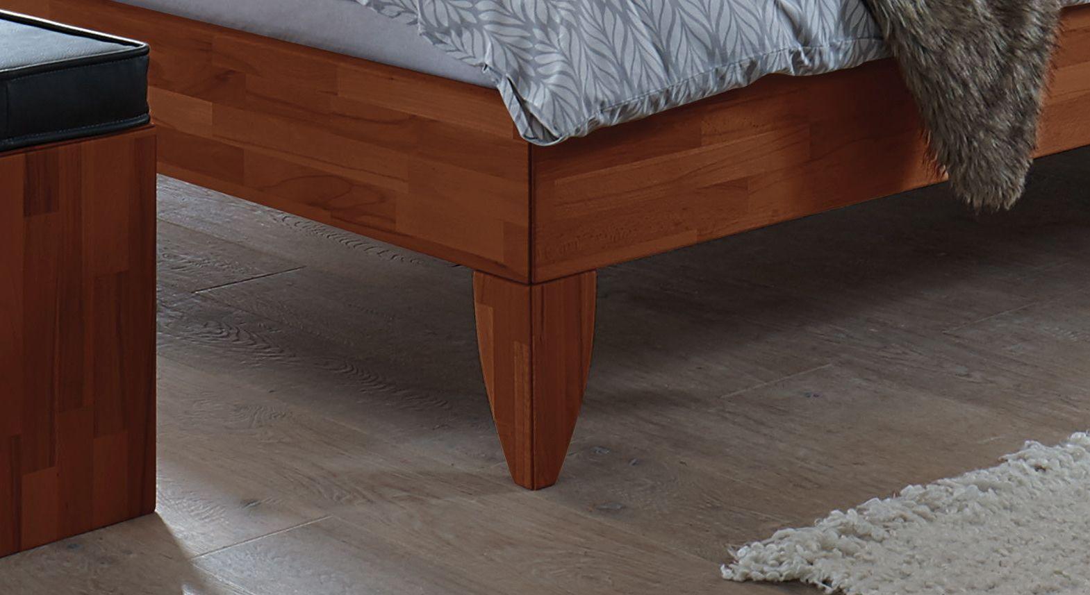 Bett Fontana mit Bettbeinen aus Massivholz