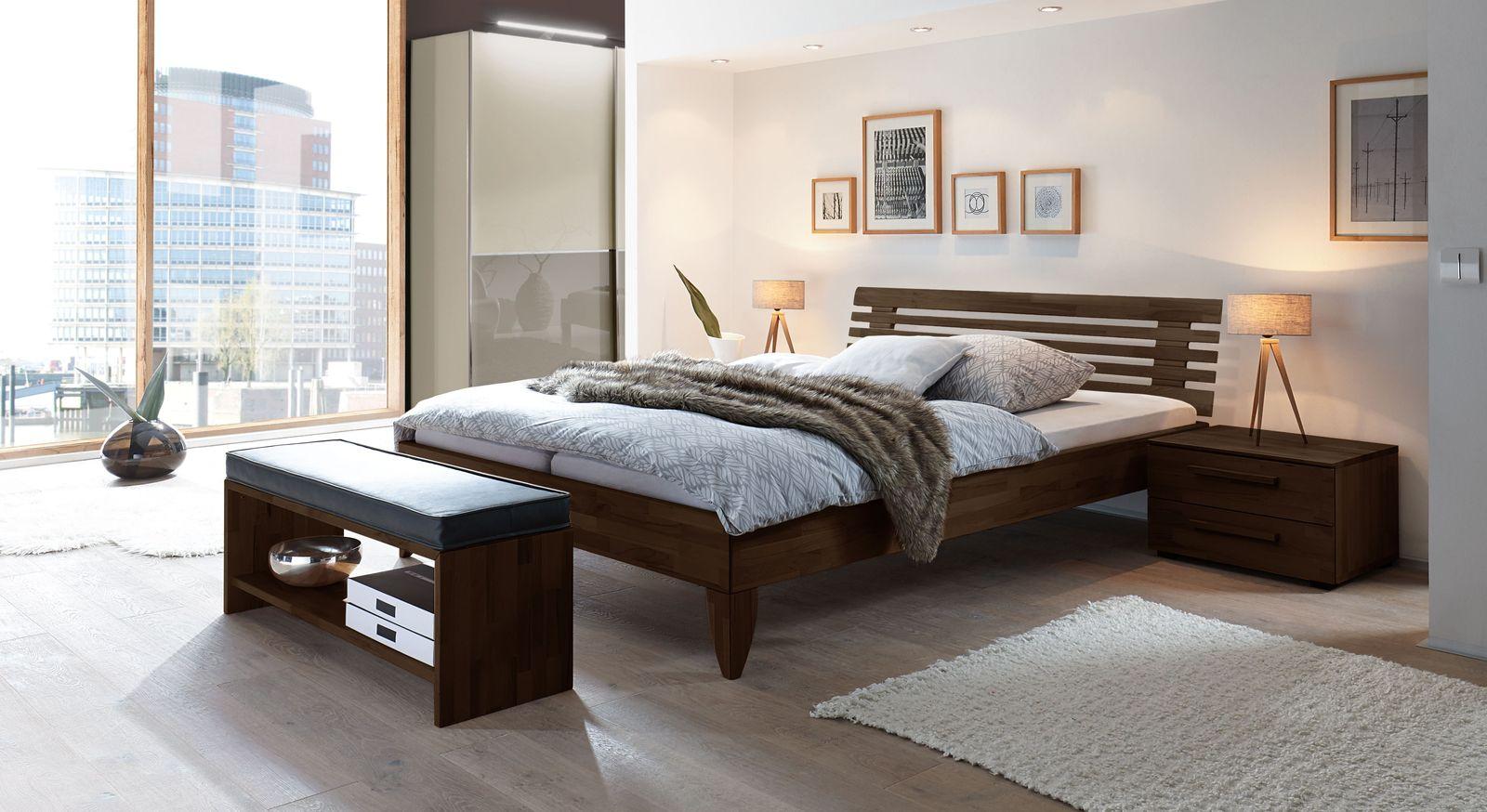 Komplett-Schlafzimmer mit Bett Fontana und Kleiderschrank