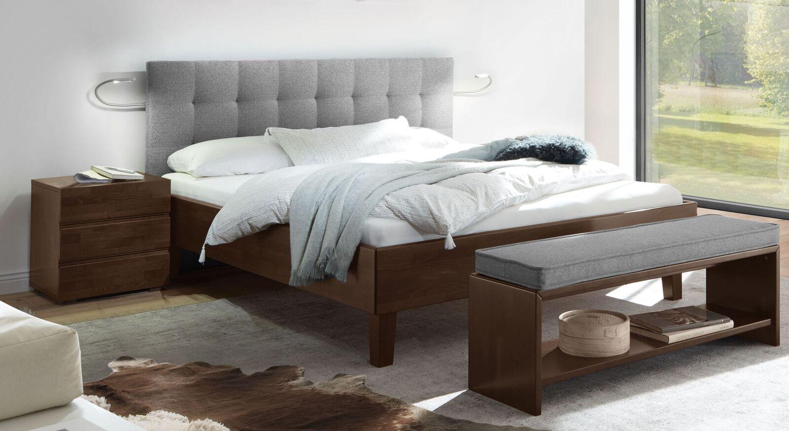Bett Fucino mit weißgrauem Stoffkopfteil