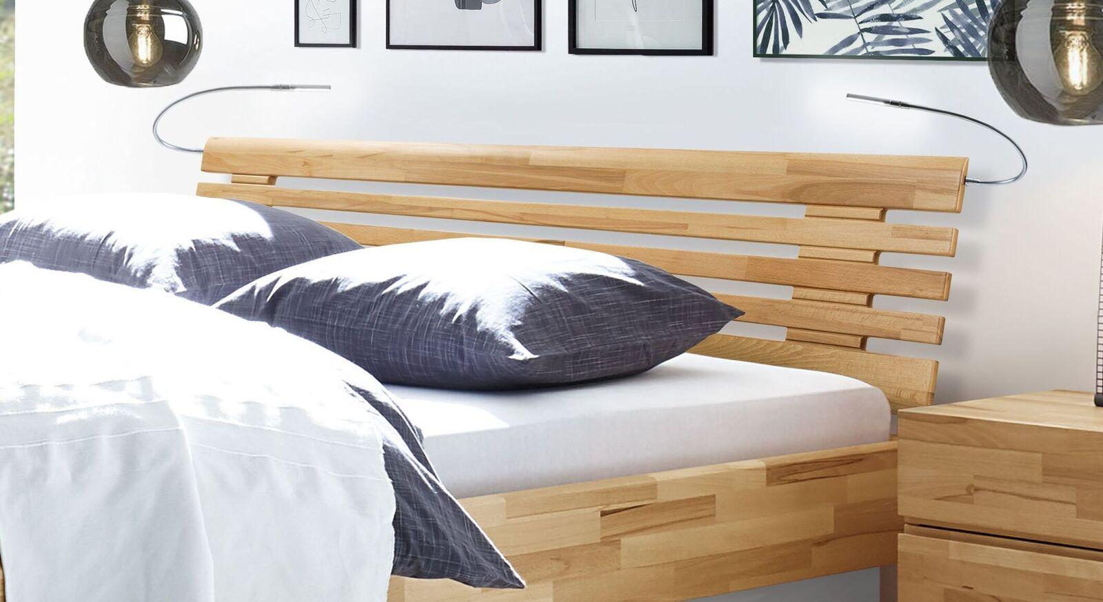 Bett Grosseto mit Sprossenkopfteil aus Massivholz