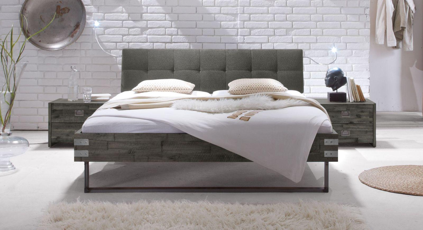 Bett Hamina aus grauer Akazie mit grauem Kopfteil