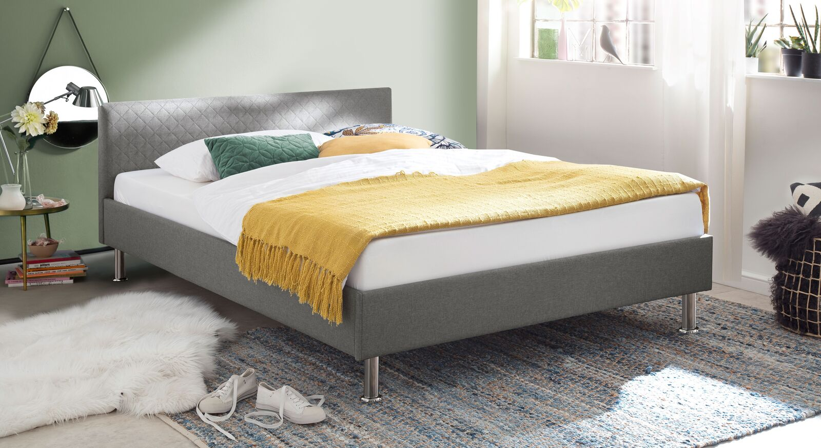 Bett Hime aus hellgrauem Webstoff