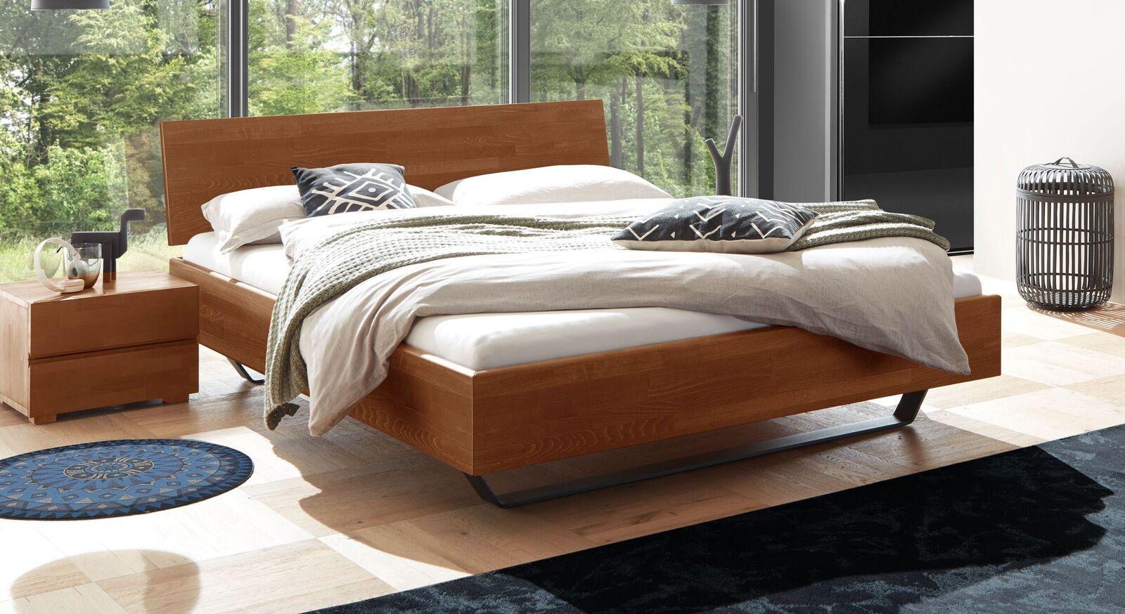 Bett Honoka aus kirschbaumfarbiger Buche