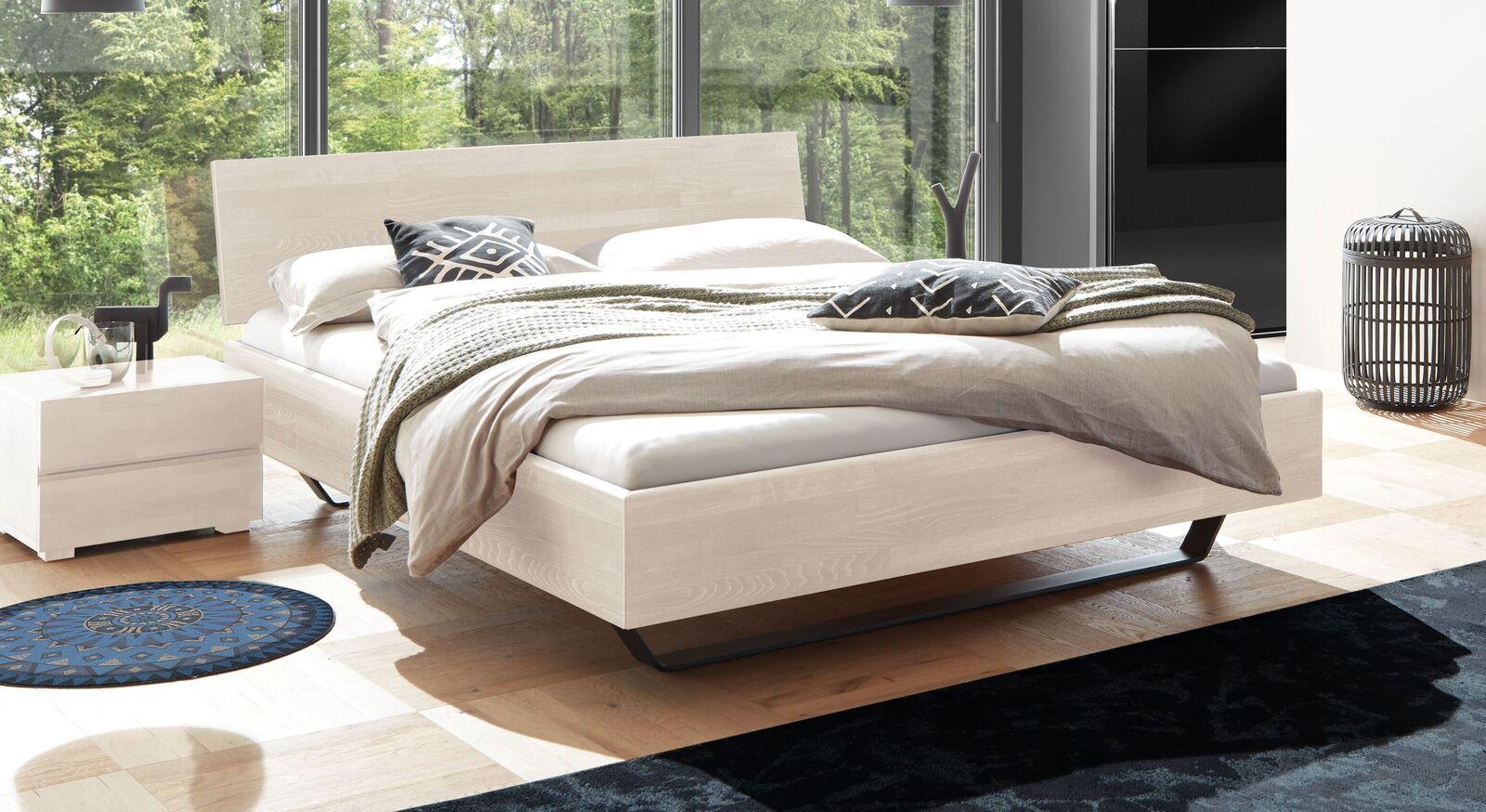 Bett Honoka aus weißem Buchenholz