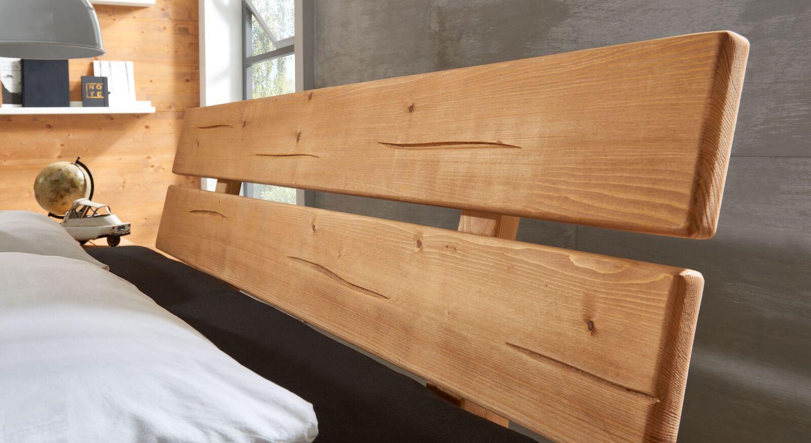 Bett Ikast mit zweiteiligem Latten-Kopfteil