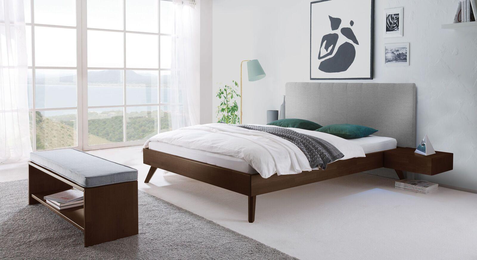 Modernes Bett Immanuel im Materialmix