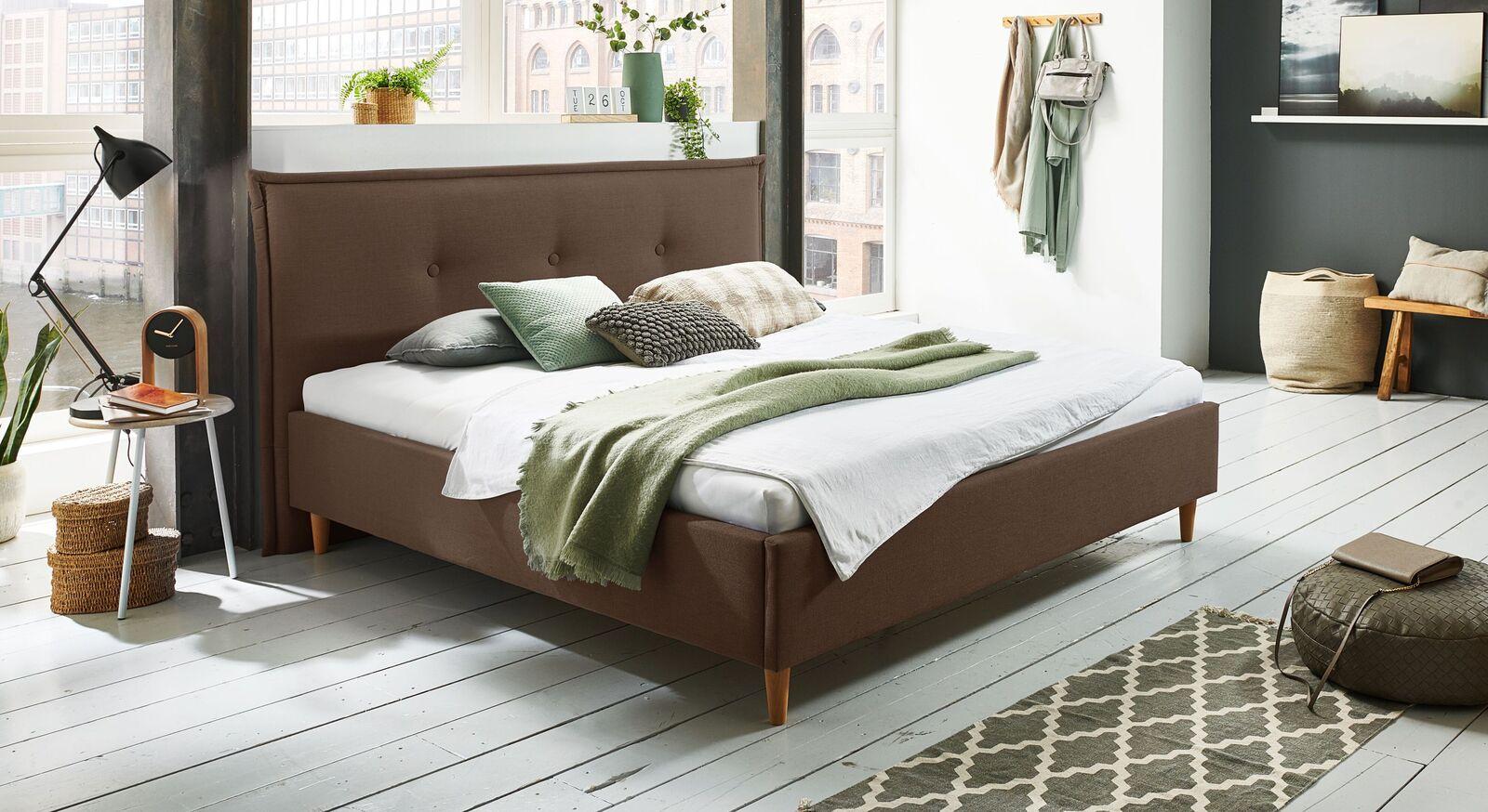 Bett Indore mit hochwertigem Webstoff in Braun