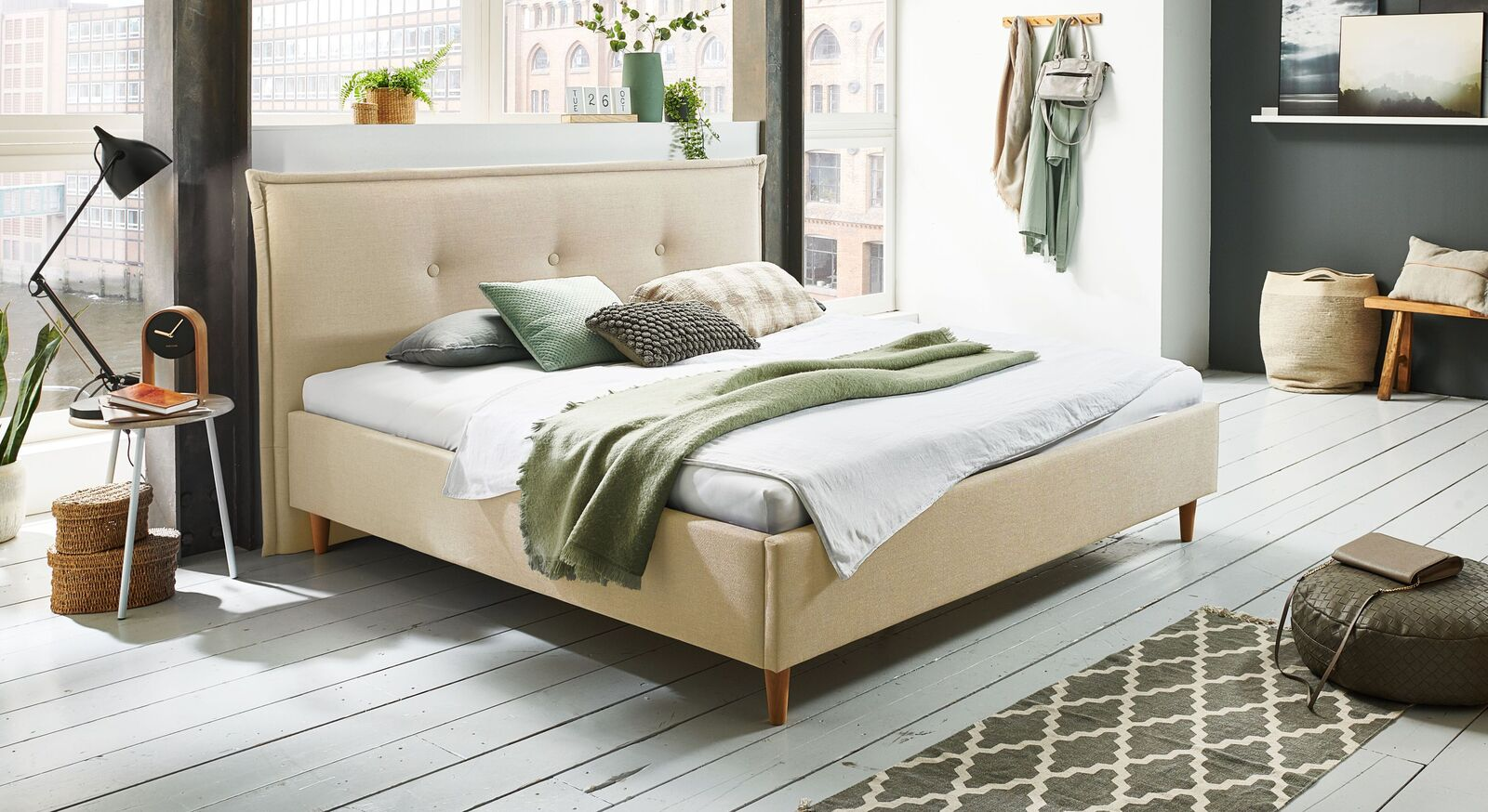 Bett Indore mit hochwertigem Webstoff in Creme