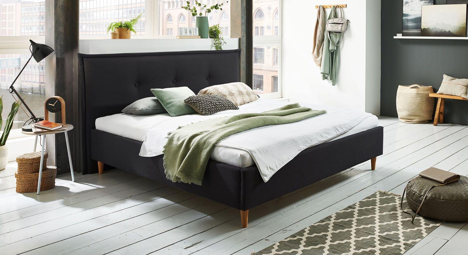 Bett Indore mit hochwertigem Webstoff in Schwarz