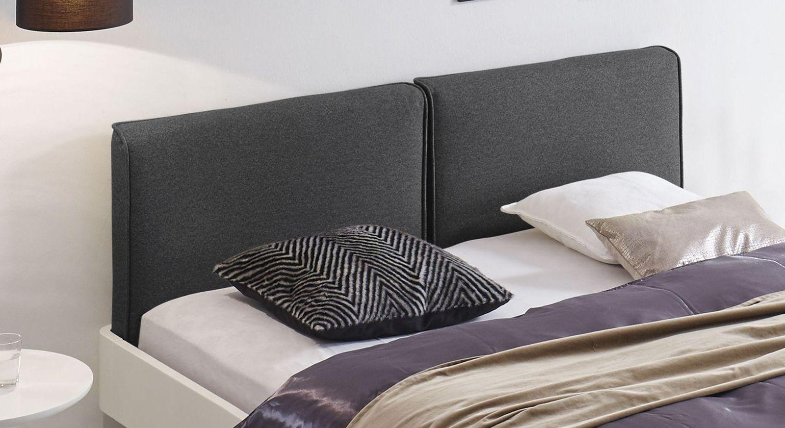 Bett Iraklia mit weichem, zweigeteiltem Kopfteil