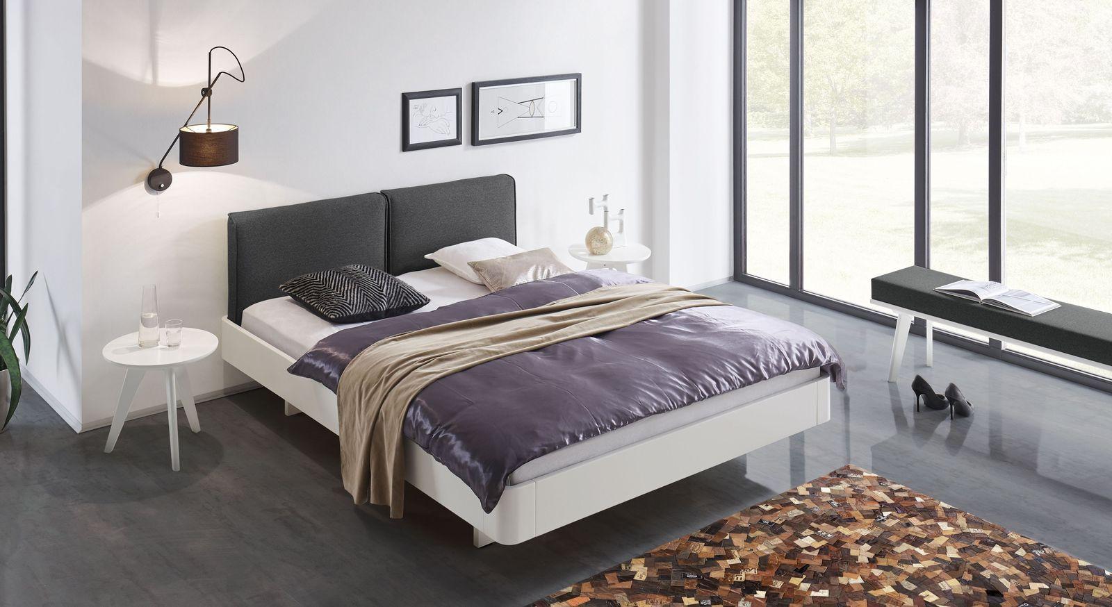 Bett Iraklia mit passenden Schlafzimmermöbel