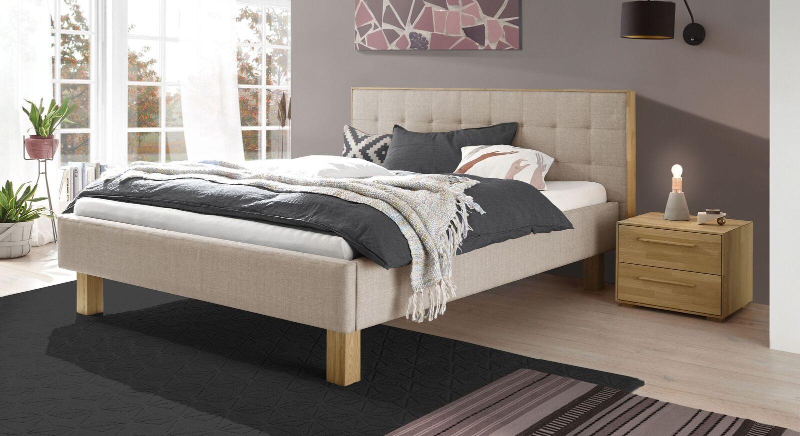 Bett Kadira aus beigefarbenem Webstoff