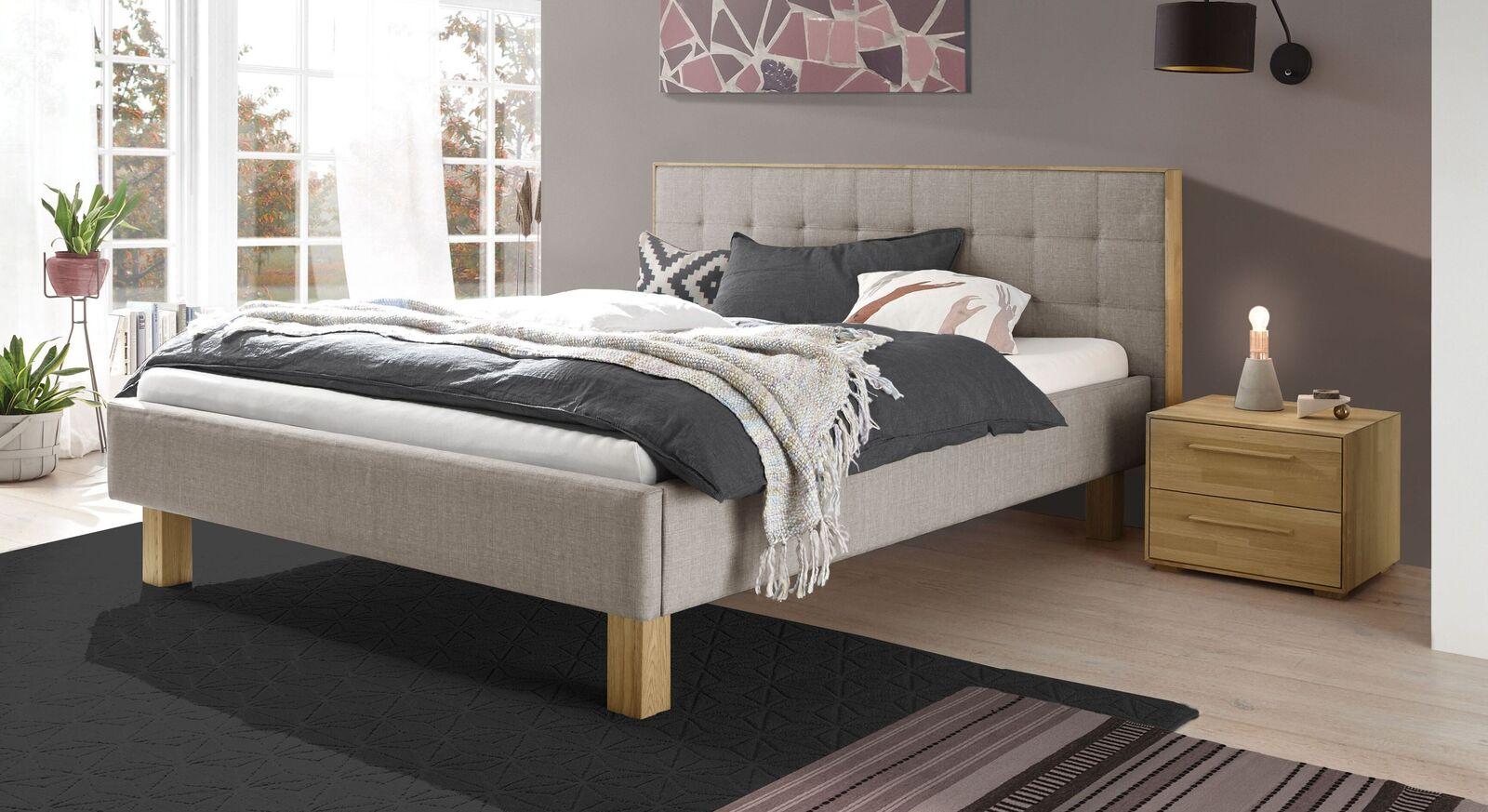 Bett Kadira aus grauem Webstoff