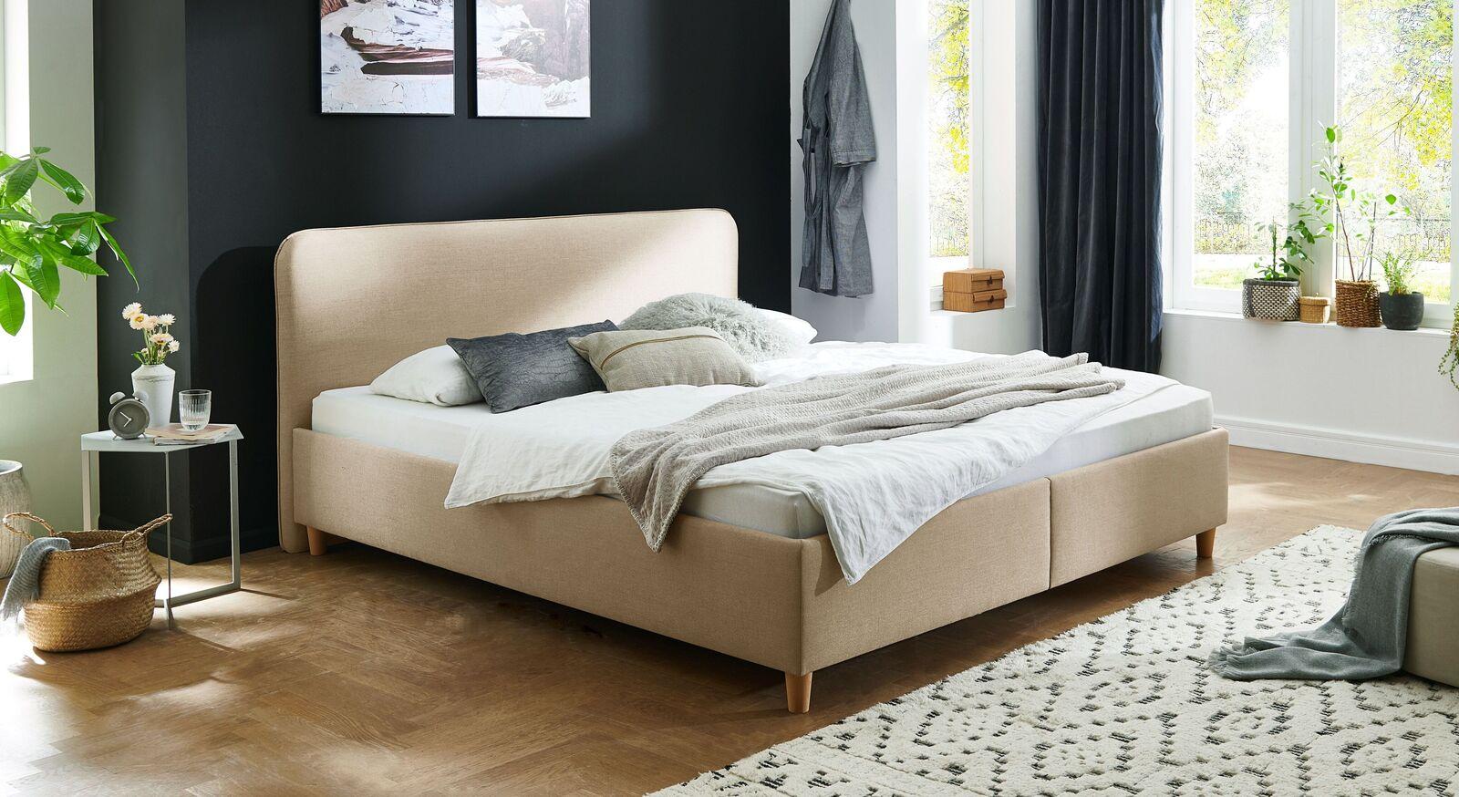Bett Kannur mit hochwertigem Webstoff in Natur