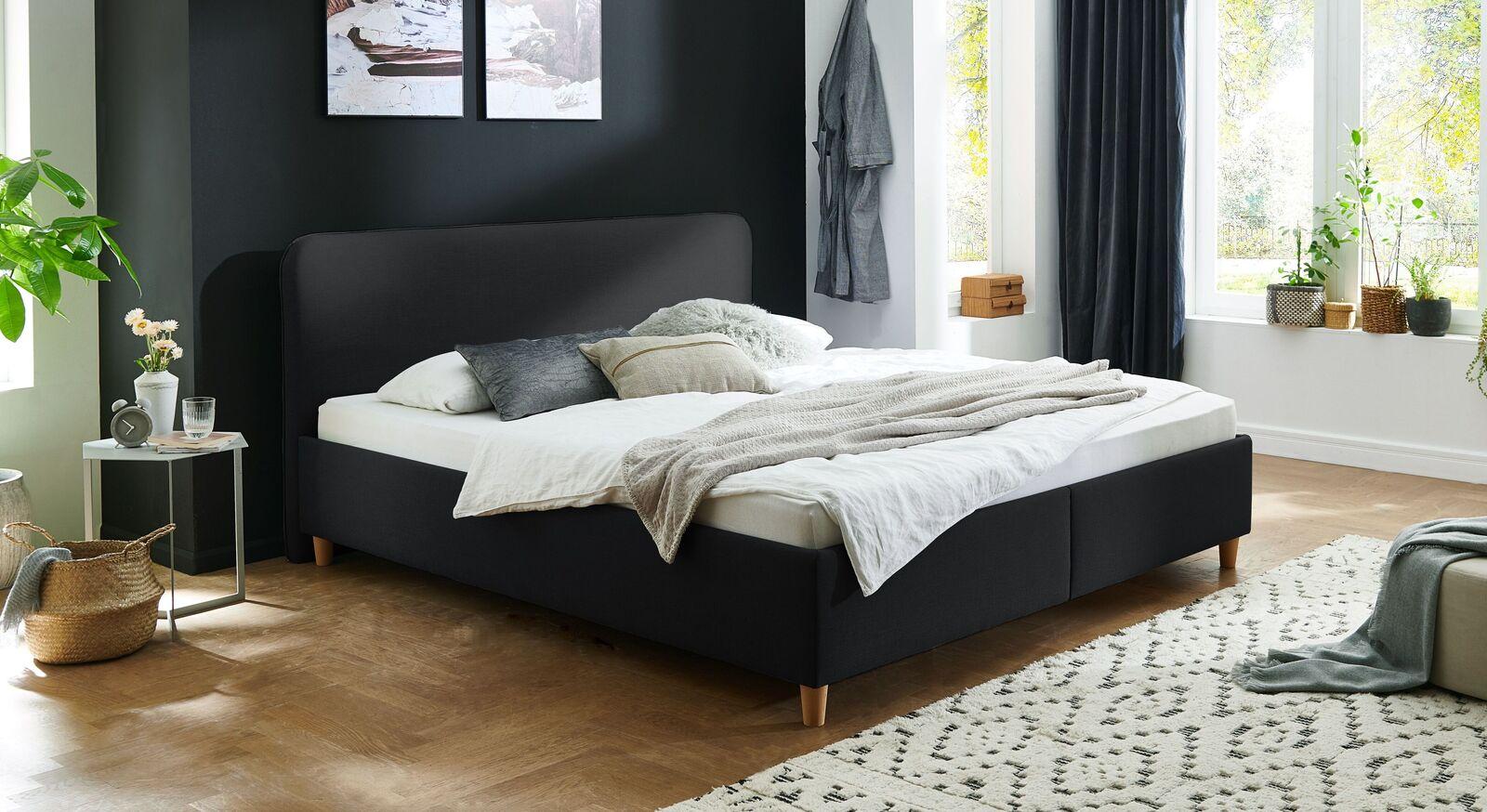 Bett Kannur mit hochwertigem Webstoff in Schwarz