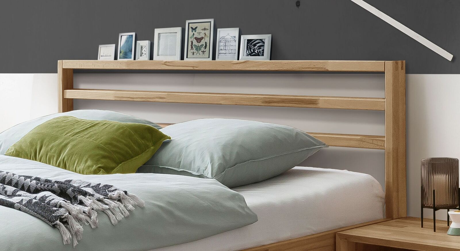 Bett Kian mit praktischem Lattenkopfteil