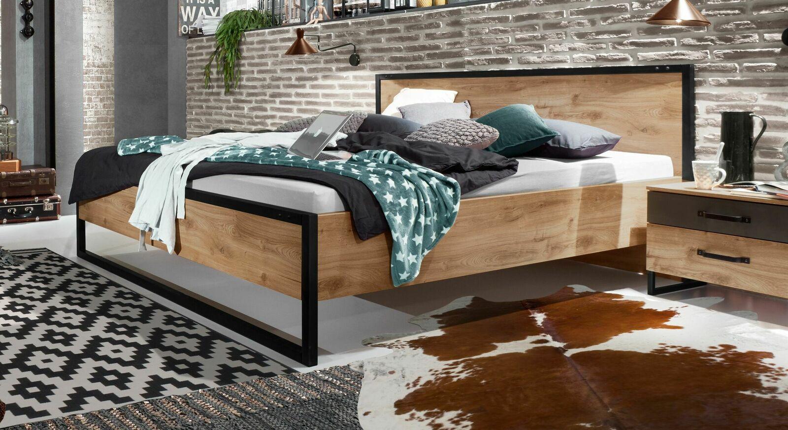 designerbett g nstig im industrial style mit metall lakewood. Black Bedroom Furniture Sets. Home Design Ideas