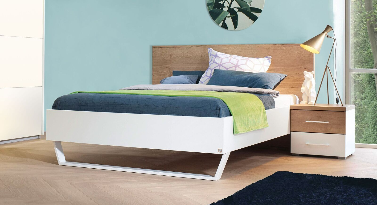 Bett Lania in elegantem Design